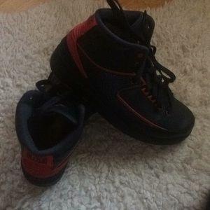 Air Jordan Retro 2 sneaker